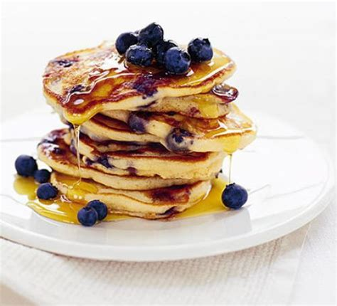 how to make blueberry pancakes gilmore girls blueberry pancakes recipe hungryforever