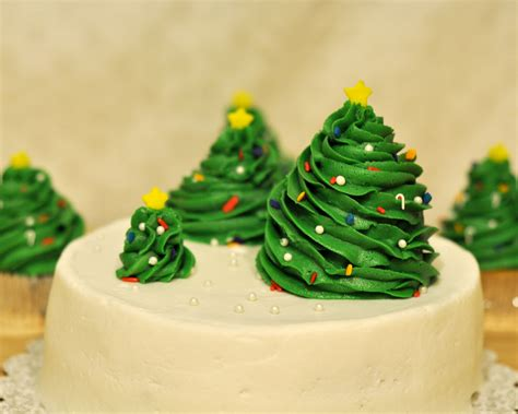 christmas tree decoration ideas then i had a blank cake
