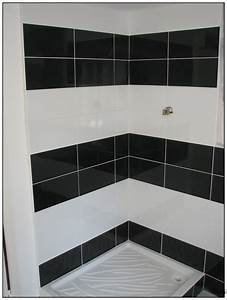 awesome model de carrelage pour salon contemporary With carrelage salle de bain noir