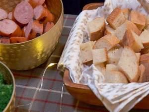 Dips Zum Fondue : best 25 cheese fondue dippers ideas on pinterest fondue ~ Lizthompson.info Haus und Dekorationen