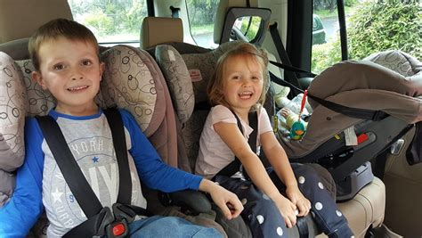 How To Choose The Right Car To Suit Three Child Seats