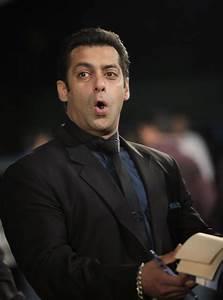 'Bigg Boss 9': Salman Khan to Return as Host of Upcoming ...  Salman