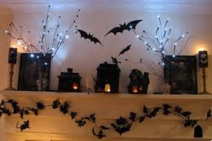 Halloween Classroom Door Themes by Ideas Para Decorar La Chimenea En Halloween
