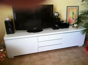Meuble Tv Blanc Laqué : meuble tv bas blanc laque ikea ~ Teatrodelosmanantiales.com Idées de Décoration