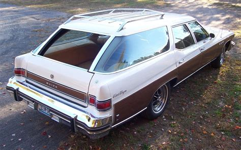 clam shell  buick estate wagon
