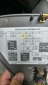 Service 4wd Light On  2000 Silverado - Page 2