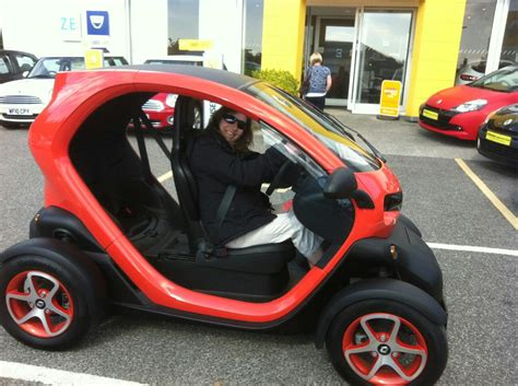 Renault Twizy electric 2 seater buggy in TR14 Penponds for ...