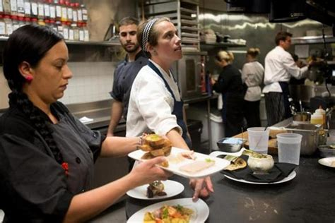 chef en cuisine chef shortage leaves restaurants struggling to fill