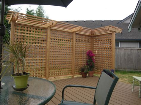 Backyard Privacy Screens Trellis - 10 best outdoor privacy screen ideas for your backyard