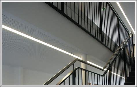 Treppenhaus Led Beleuchtung Geschosstreppe Mit Led Beleuchtung