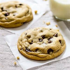 The Best Soft Chocolate Chip Cookies Recipe - Pinch of Yum