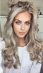 Blond Grau Haarfarbe : 1001 ideen f r silberblond als haarfarbe die ihnen inspirieren locken frisuren f r ~ Frokenaadalensverden.com Haus und Dekorationen