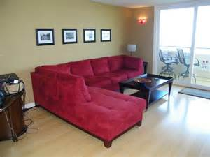 red sofa decor and red couch decorating modern living room