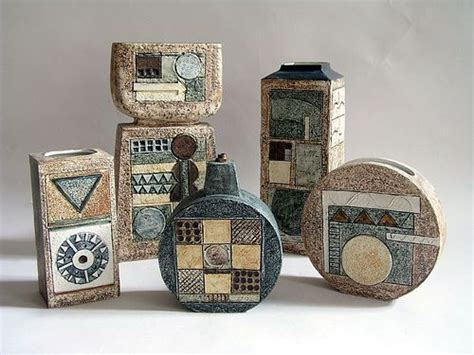 vases troika pottery cornwall ghn cornwall