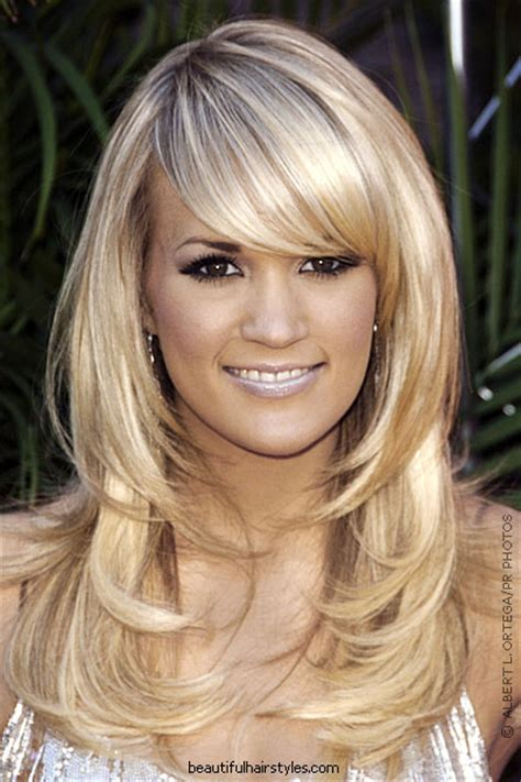 Hairstyles Fashion: Medium Length Layered Hairstyle Pictures