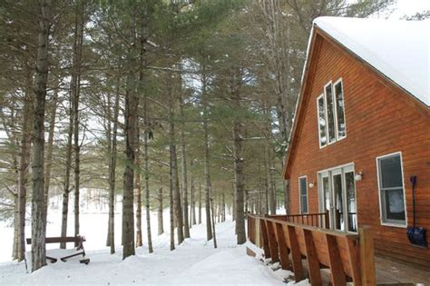 maine lakeside cabins large decks picture of maine lakeside cabins