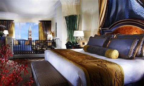rooms   venetian hotel macau