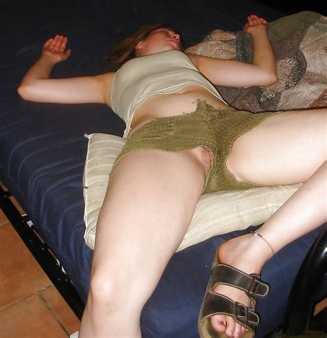 Sep01 In Gallery Pussy Slip 1 Picture 1 Uploaded By