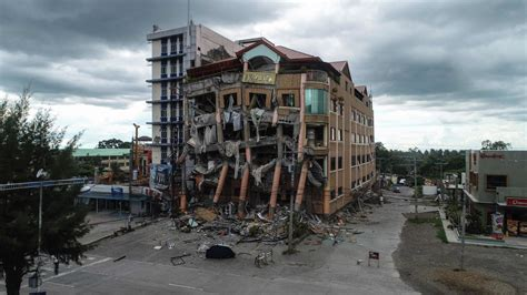 Usgs magnitude 2.5+ earthquakes, past day 31 earthquakes. Philippines Struck by Second Big Earthquake in Three Days - The New York Times