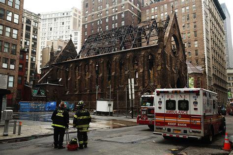 un violent incendie d 233 truit une cath 233 drale orthodoxe 224 new