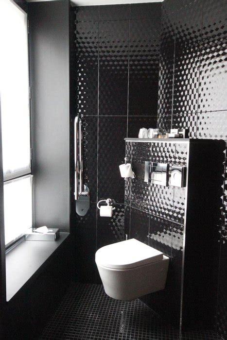 d 233 coration wc noir et blanc