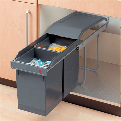 poubelle cuisine coulissante sous evier poubelle coulissante en plastique 2 x 15 l quincaillerie