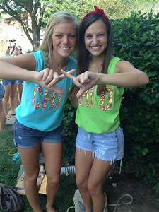 Chi Omega from Kansas State University Love those tank ...