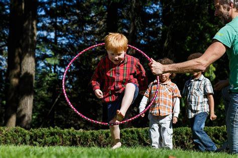totally great games  play   hula hoop