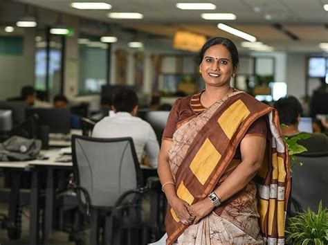 handloom saree  garment  defines  modern office