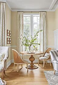 Farmhouse-Style Decorating