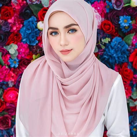 photoshoot atdezahra model ataliaaaismail makeup  atfiqahafizi photographer  atnajarhusshakir