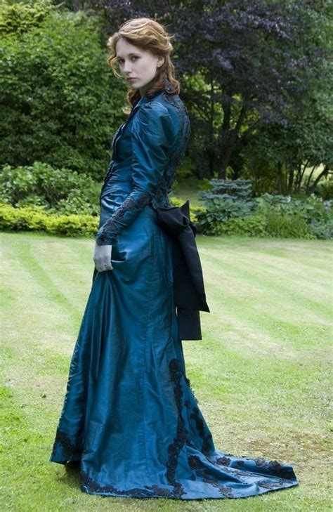 glamorous victorian hairstyles  women  xcitefunnet