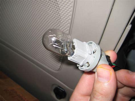 toyota 4runner light bulbs replacement guide 006
