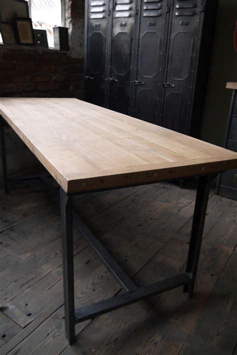 le de bureau industrielle 17 meilleures idées à propos de table industrielle sur