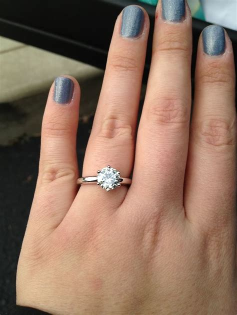 wedding ring finger for widows 69 best images about diamonds are a girl s best friend on
