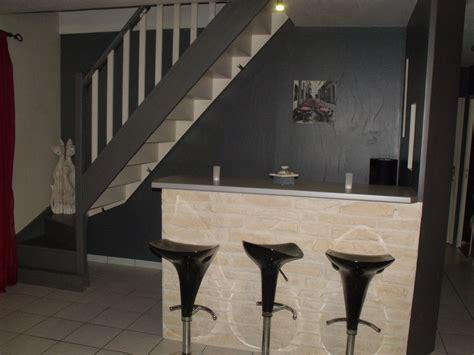 decaper un escalier peint repeindre un escalier pour le relooker car interior design