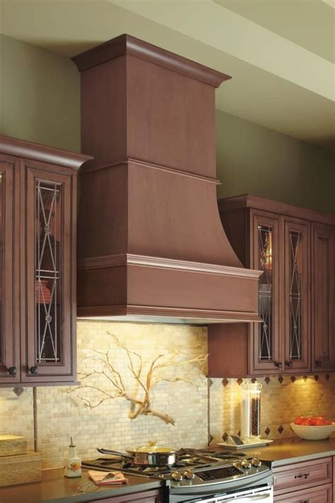 pin  cabinet mouldings accents