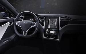 2019 Porsche Panamera vs 2019 Tesla Model S | Beverly Hills Porsche
