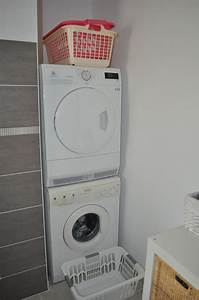 superposer lave linge seche linge maison design bahbecom With meuble machine a laver et seche linge