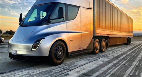 Tesla Semi 'speed & Agility' Praised By Professional