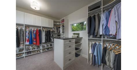 Www Closetmaid - 9 cool closet systems that will up the storage of