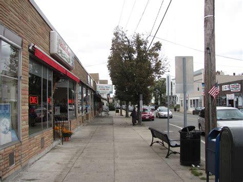 File:Main Street, South Medford MA.jpg - Wikimedia Commons