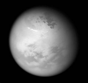 APOD: 2017 June 22 - Northern Summer on Titan