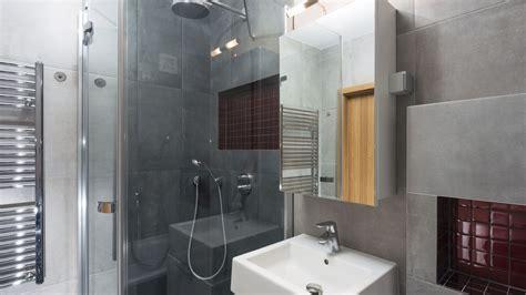 Comment aménager une petite salle de bains