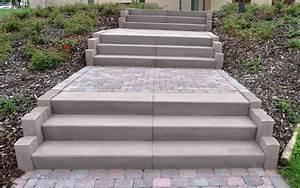 Blockstufen Beton Setzen : die optisch ansprechende treppe blockstufe von fcn ~ Orissabook.com Haus und Dekorationen