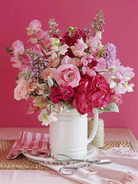 Disporre di fiori secchi per comporre noi stessi delle decorazioni è molto semplice. 10 Consigli Su Come Creare Decorazioni Con I Fiori Per Arredare La Casa