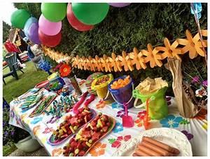 Kids beach birthday party food table | Create a splash ...