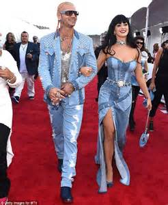 Britney Spears approves of Katy Perry and Riff Raffu0026#39;s MTV VMAs denim double act | Daily Mail Online