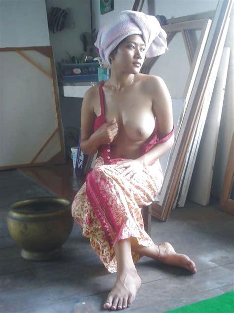 Beautiful Girl Big Boobs From Bali Indonesia 13 Pics
