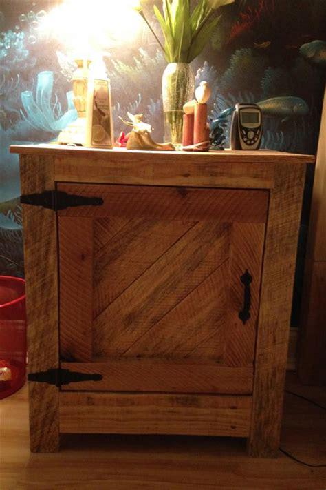 diy pallet nightstand  reclaimed pallet furniture plans